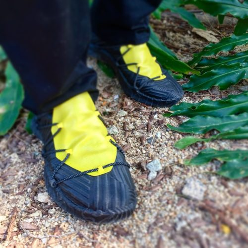 Fused Footwear SparkBlackMid-YellowGaiter01